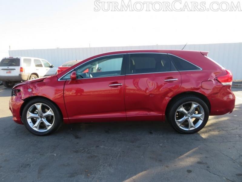Toyota Venza 2012 price $7,950