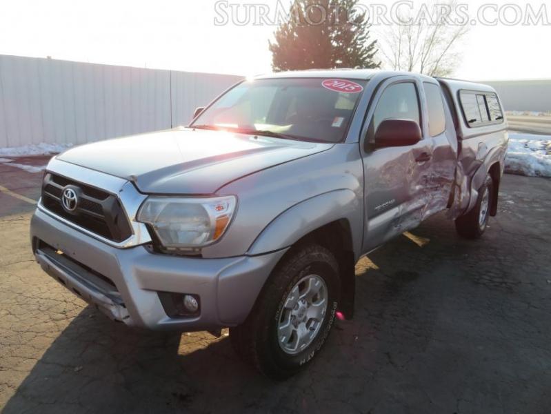Toyota Tacoma 2015 price $7,950