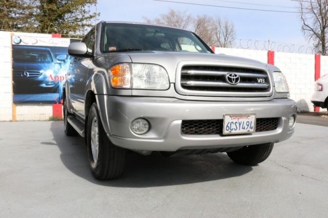 2002 Toyota Sequoia