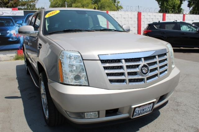2007 Cadillac Escalade Esv Awd 4dr Inventory Latinos Auto Center