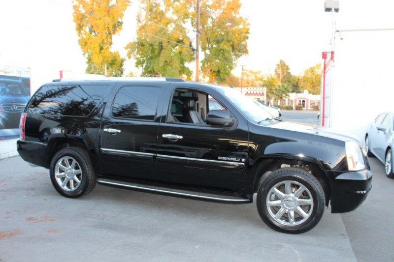 GMC Yukon XL Denali 2008 price $13,990