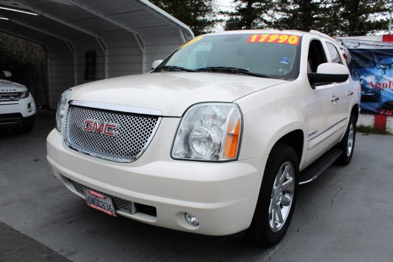 GMC Yukon 2011 price $17,999