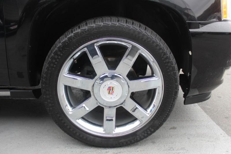 Cadillac Escalade ESV 2011 price $19,990
