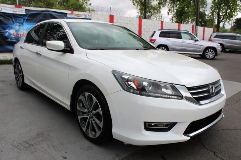 Honda Accord Sdn 2013 price $14,990