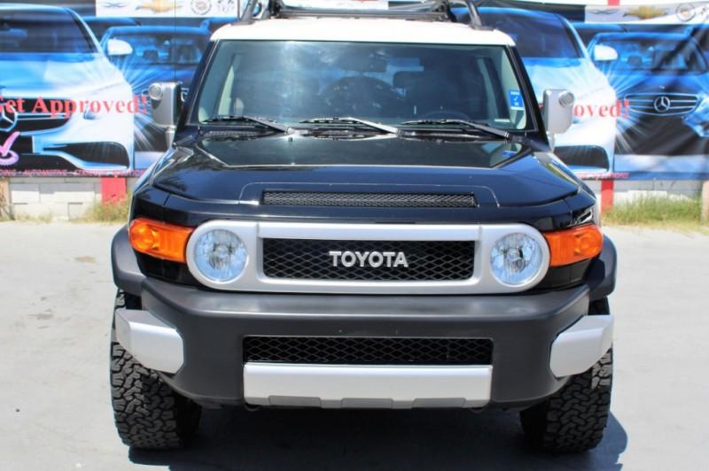 Toyota FJ Cruiser 2007 price $12,990