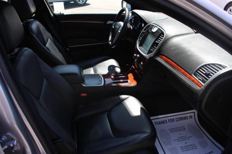 Chrysler 300 2013 price $14,990