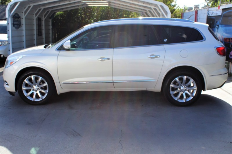 Buick Enclave 2013 price $19,990