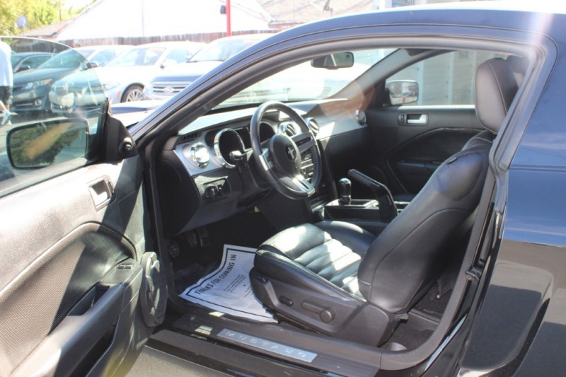 Ford Mustang 2009 price $11,990
