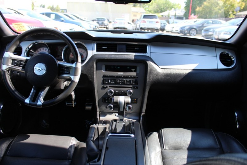Ford Mustang 2012 price $15,990