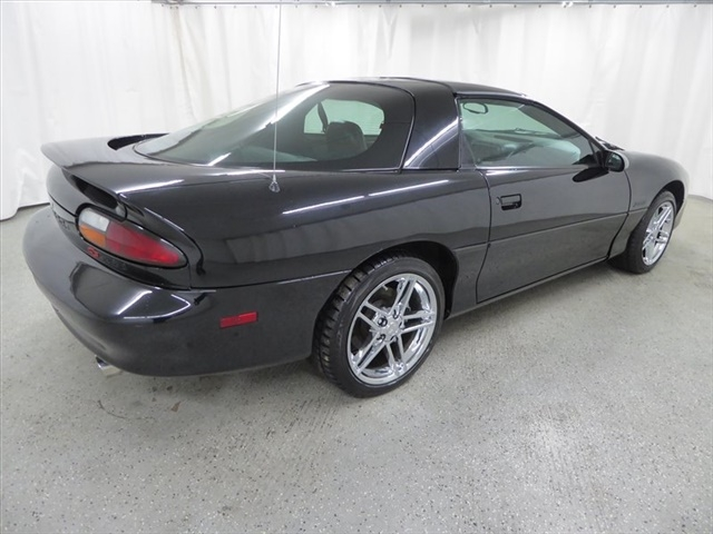 Chevrolet Camaro 1998 price $20,000