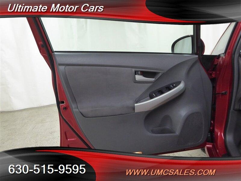 Toyota Prius 2010 price $6,000