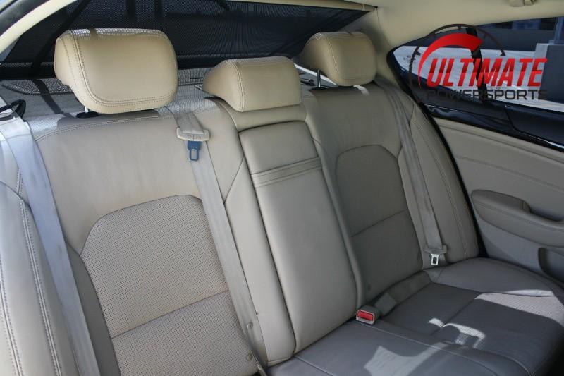 Kia Cadenza 2014 price $8,495