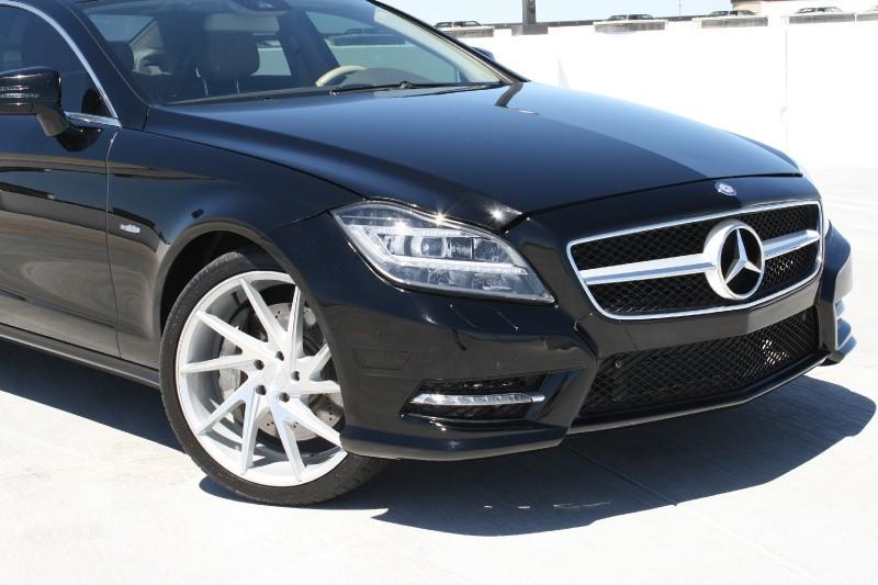 Mercedes-Benz CLS550 2012 price $16,995