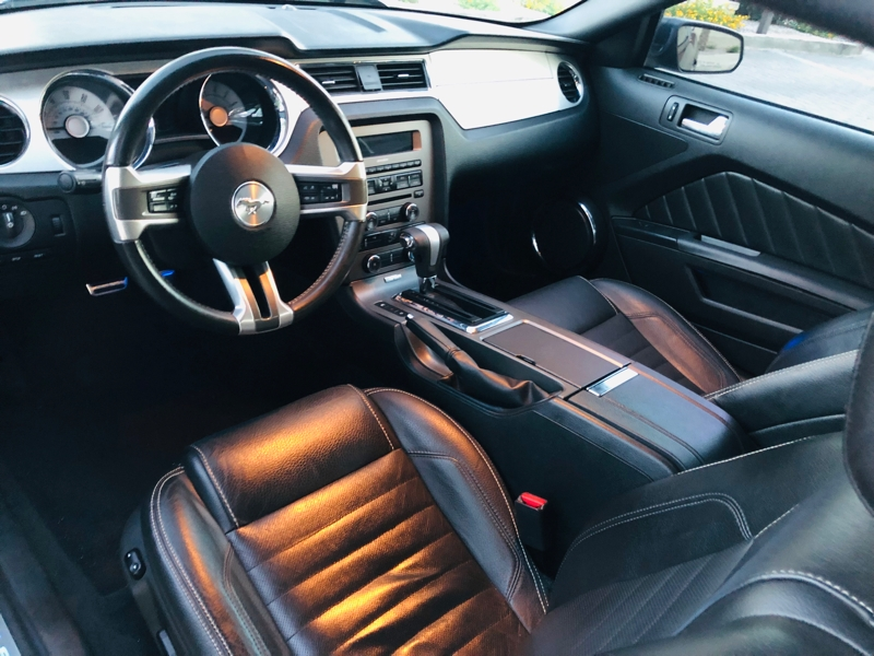 Ford Mustang 2010 price $7,495
