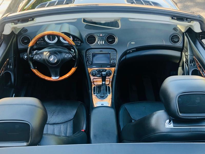 Mercedes-Benz SL-Class 2009 price $17,995