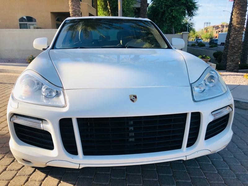 Porsche Cayenne 2009 price $10,995