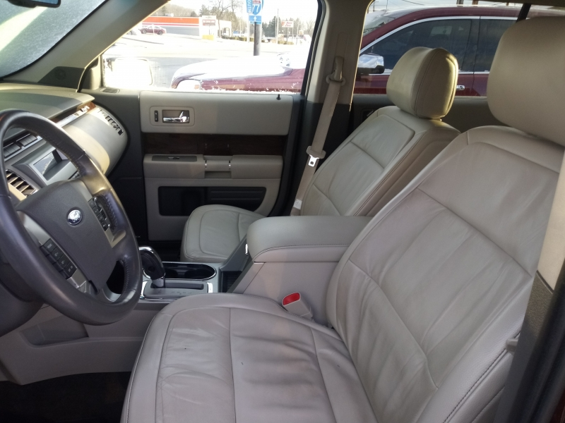 FORD FLEX 2011 price $7,595