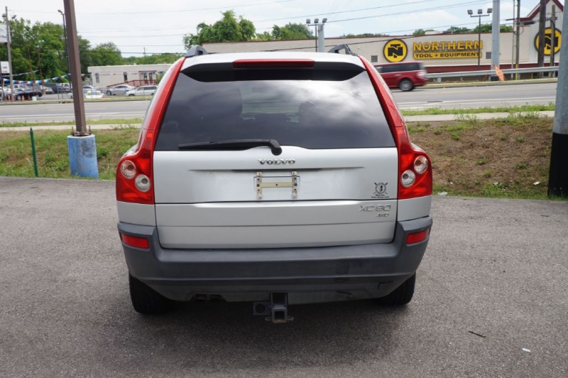 VOLVO XC90 2004 price Call for Pricing.