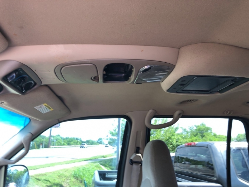FORD EXPEDITION 2002 price $5,000