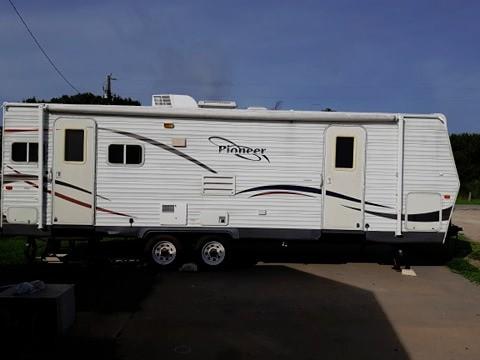 Fleetwood pioneer 2007 price $6,995