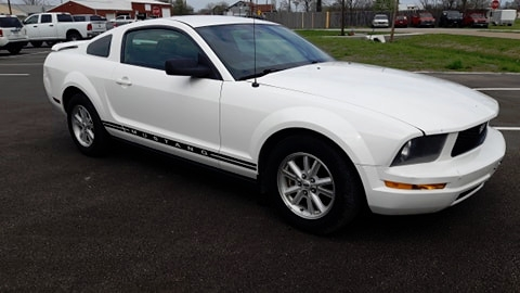 Ford Mustang 2006 price $5,595