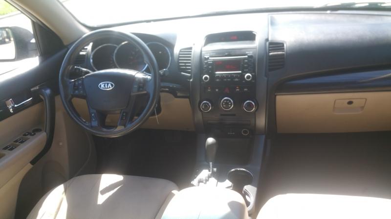 Kia Sorento 2011 price $1,400 Down