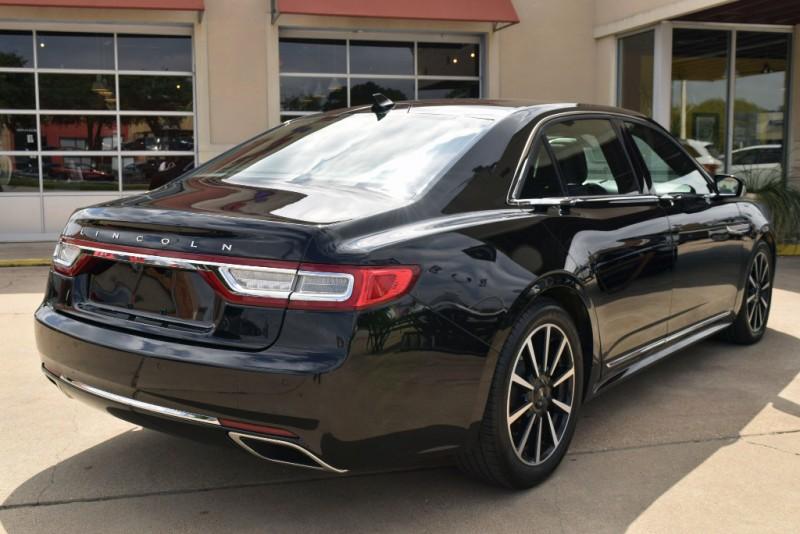 Lincoln Continental 2018 price $38,980