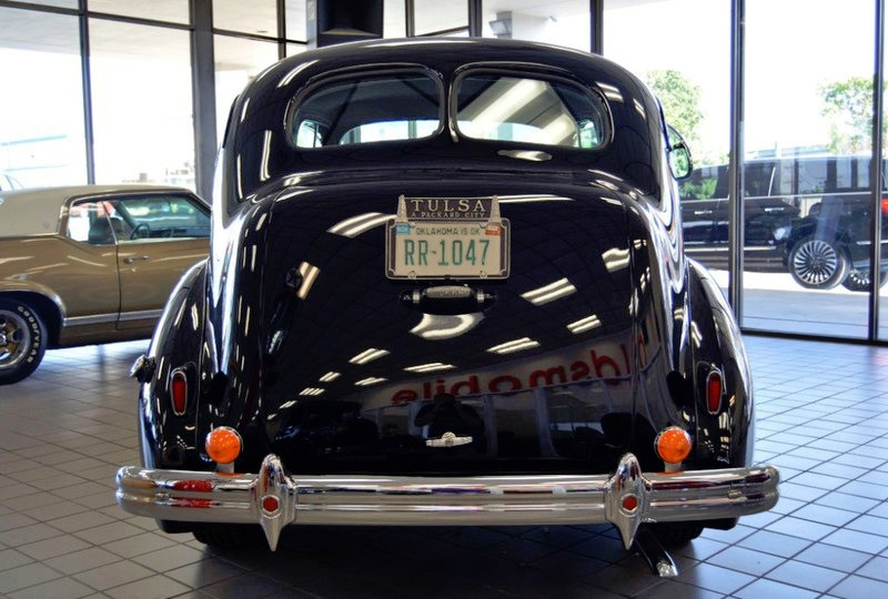 Packard Eight Door Touring 1939 price $59,900