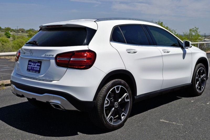 Mercedes-Benz GLA 2019 price $29,990