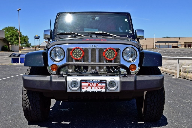 Jeep Wrangler Unlimited 2013 price $31,990