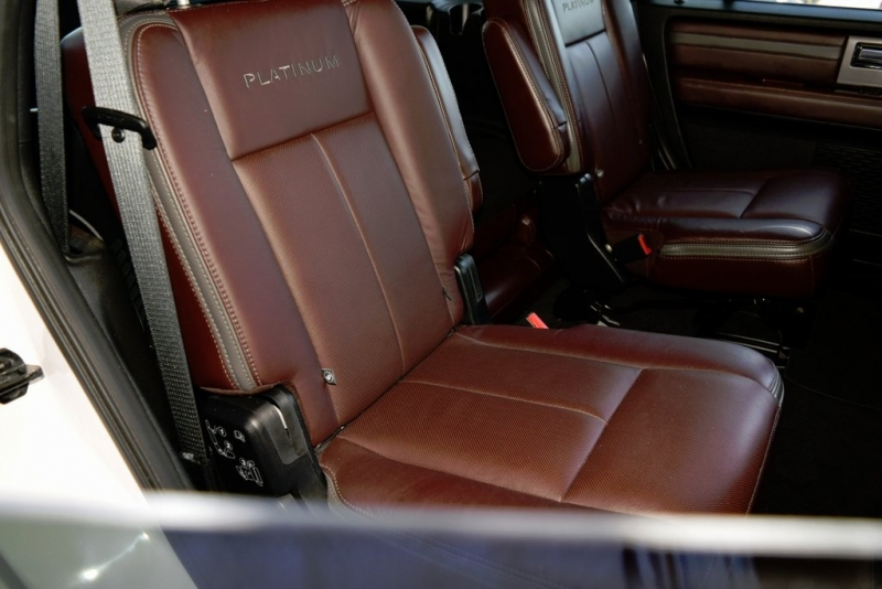 Ford Expedition 2017 price $42,990