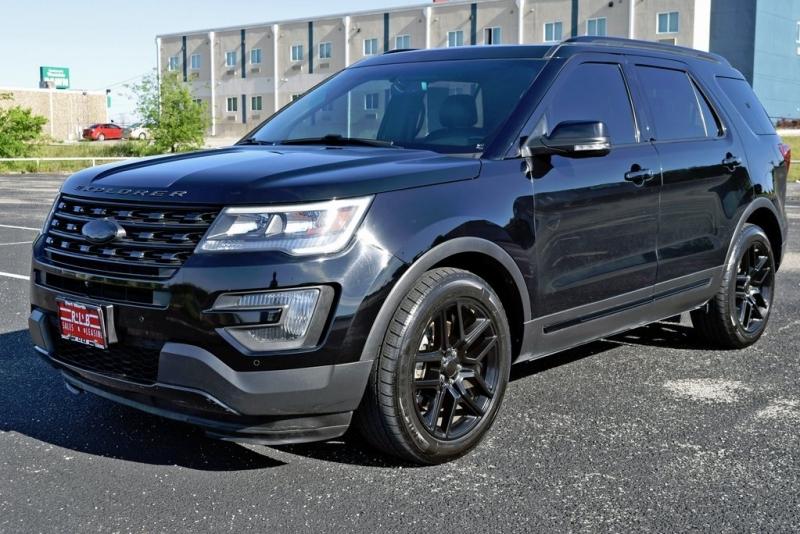 Ford Explorer 2016 price $28,990