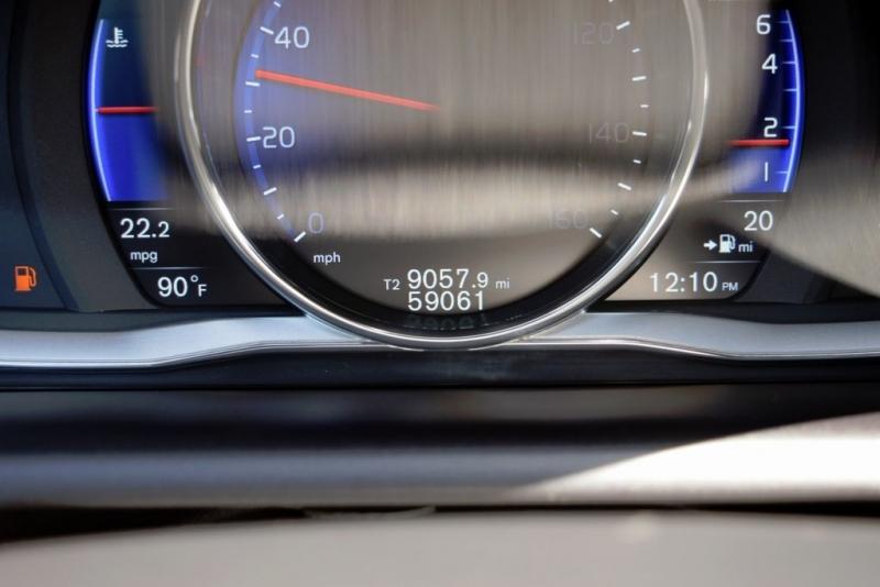 Volvo XC60 2015 price $24,990