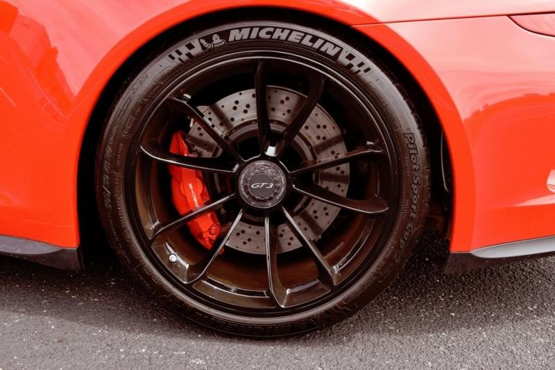 Porsche 911 2015 price $129,990