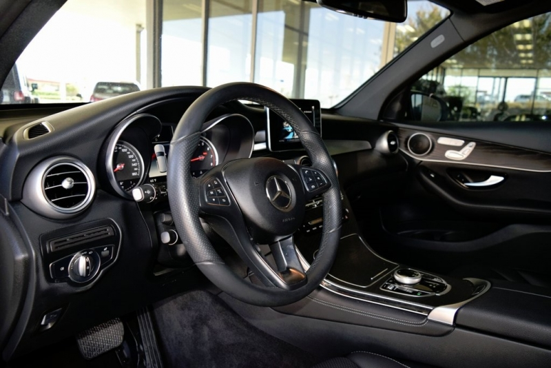 Mercedes-Benz GLC 2018 price $35,777