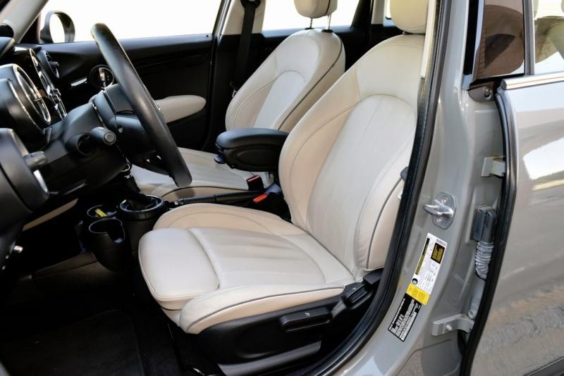 MINI Cooper Hardtop 4 Door 2015 price $16,990