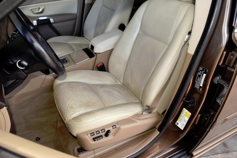 Volvo XC90 2013 price $12,490