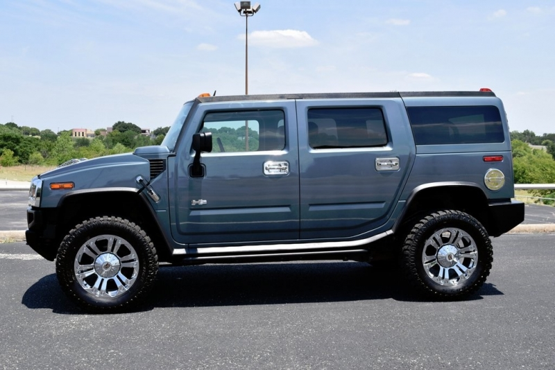HUMMER H2 2005 price $16,990