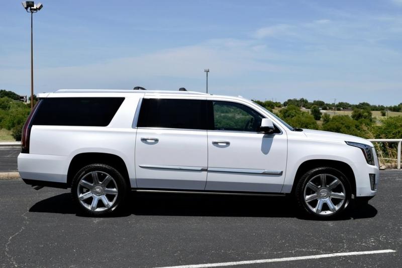 Cadillac Escalade ESV 2016 price $46,990