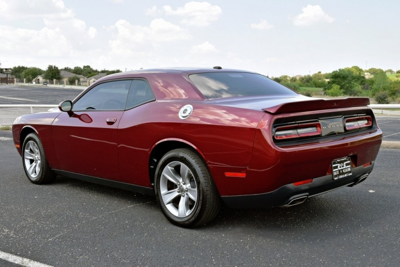 Dodge Challenger 2018 price $22,990
