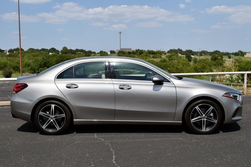 Mercedes-Benz A-Class 2019 price $36,890