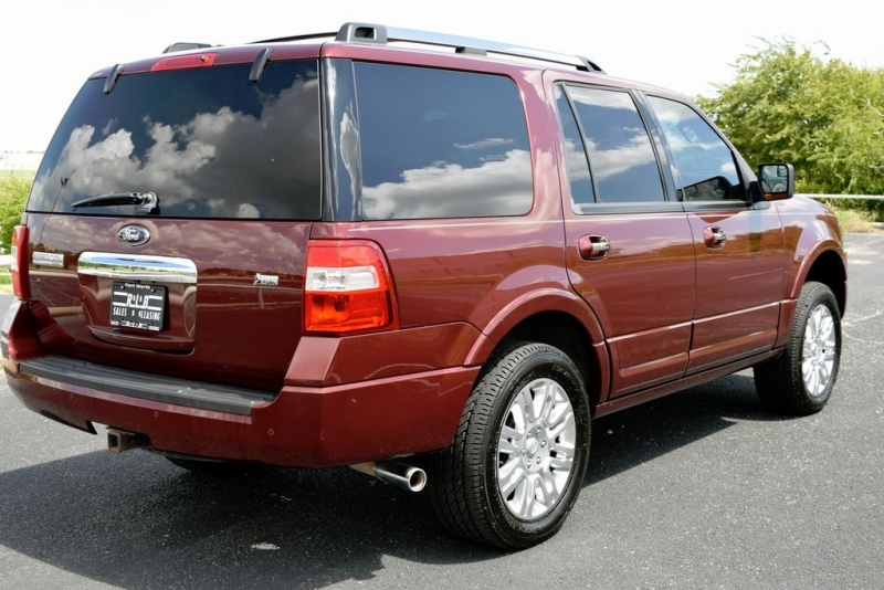 Ford Expedition 2012 price $18,490