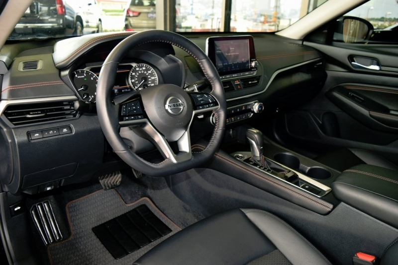 Nissan Altima 2019 price $22,890