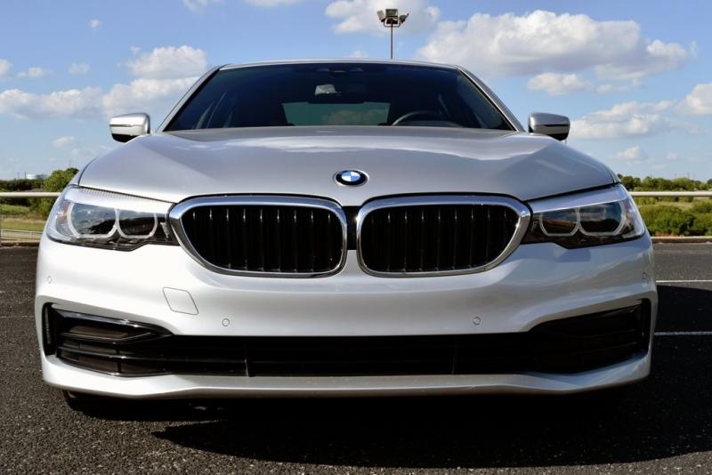BMW 5 Series 2019 price $43,990