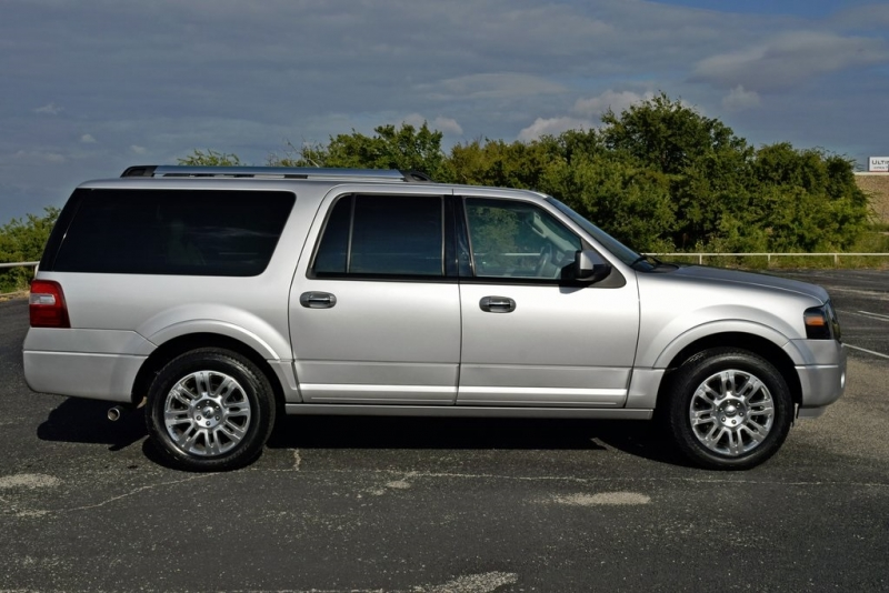 Ford Expedition EL 2011 price $17,490