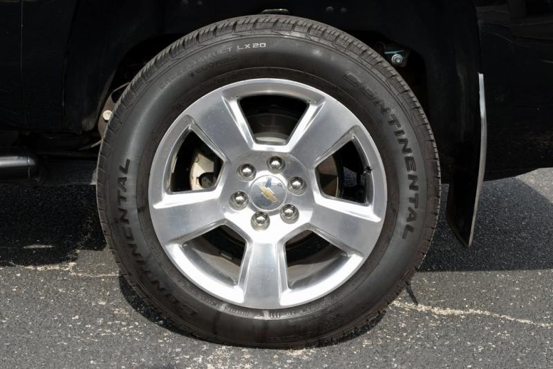 Chevrolet Suburban 2015 price $41,990