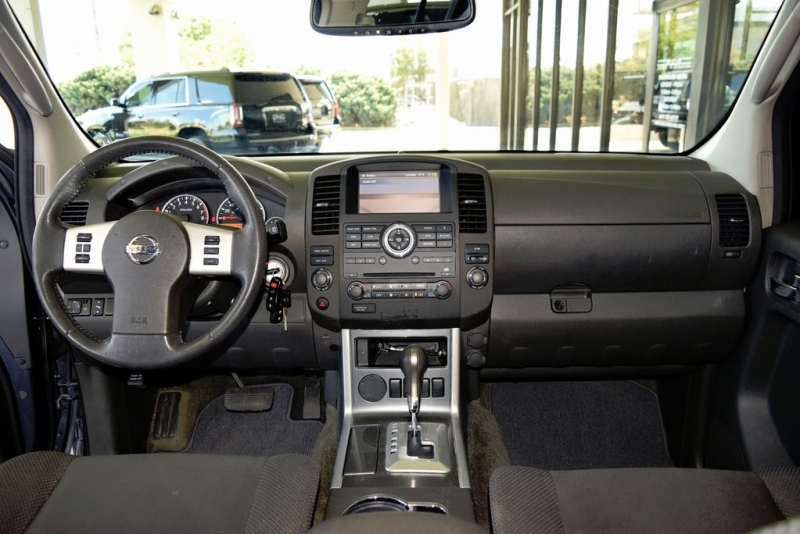 Nissan Pathfinder 2012 price $13,900
