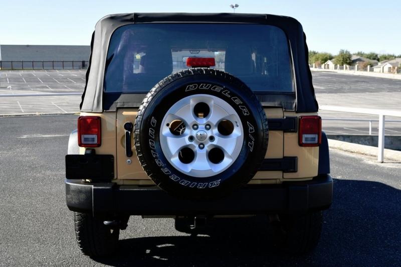 Jeep Wrangler 2013 price $14,900