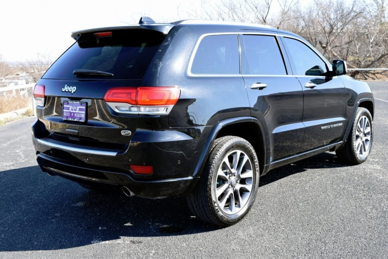 Jeep Grand Cherokee 2017 price $26,444