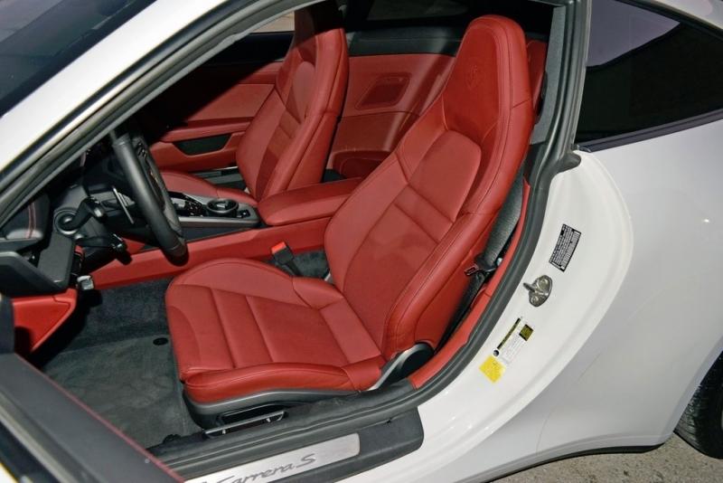 Porsche 911 2020 price $122,790